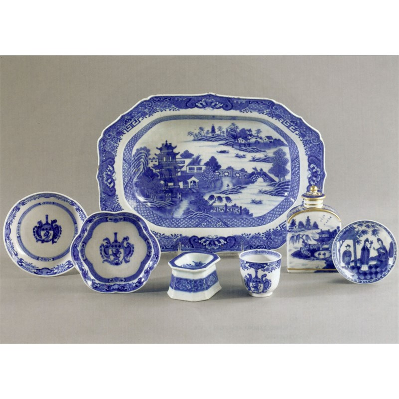 GROUP OF ARMORIAL AND EXPORT BLUE AND WHITE WARES, Chinese, 18th century