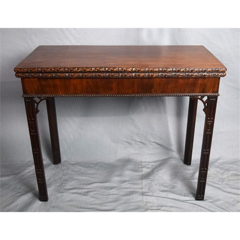 GEORGE III MAHOGANY CARD TABLE, English, 18th century