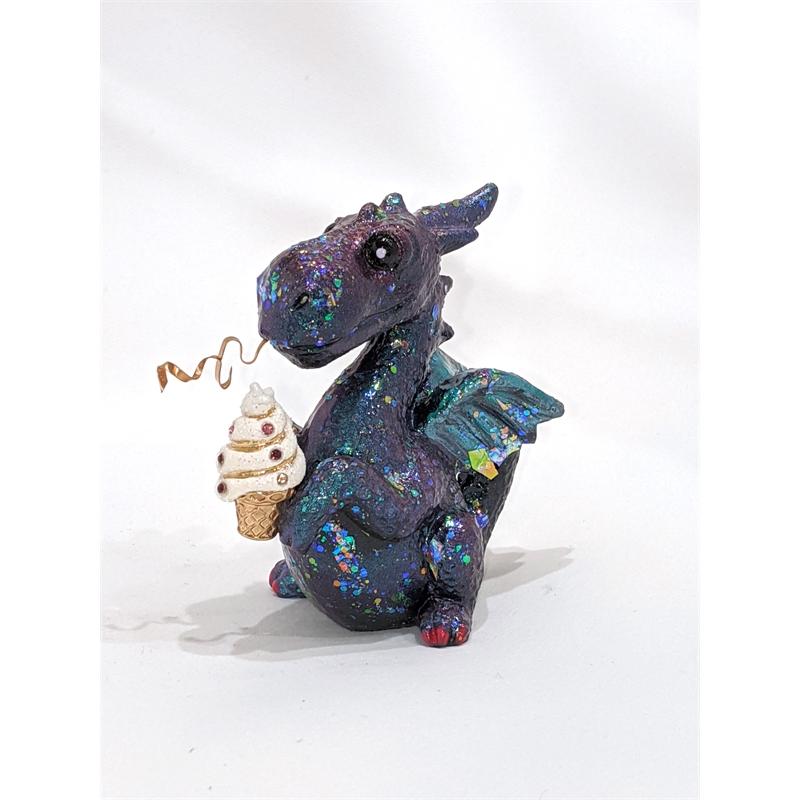 Cupcake Dragon (1/9), 2019