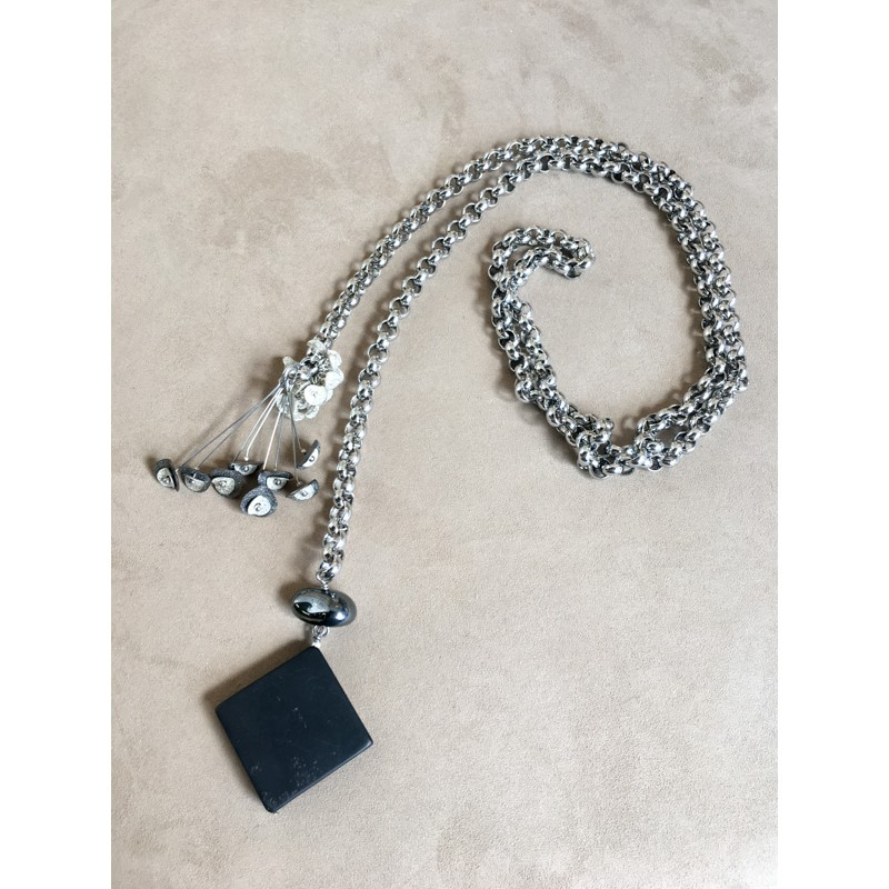 8015 Necklace
