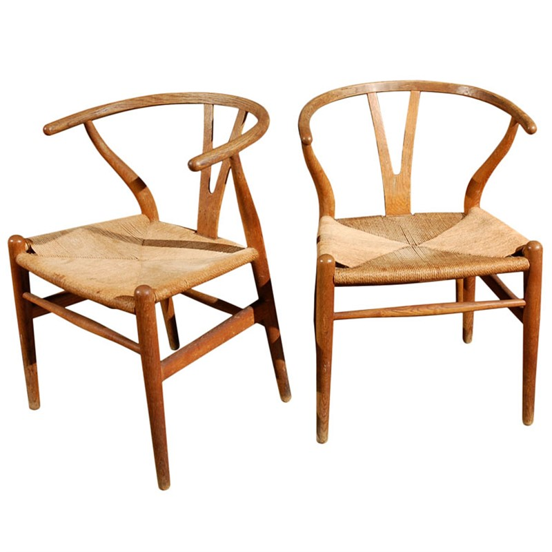 PAIR OF HANS WEGNER Y-WISHBONE OAK CHAIRS FOR C HANSEN, 20th century