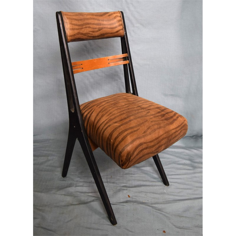 SINGLE SIDE CHAIR WITH ZEBRA PATTERN UPHOLSTERY