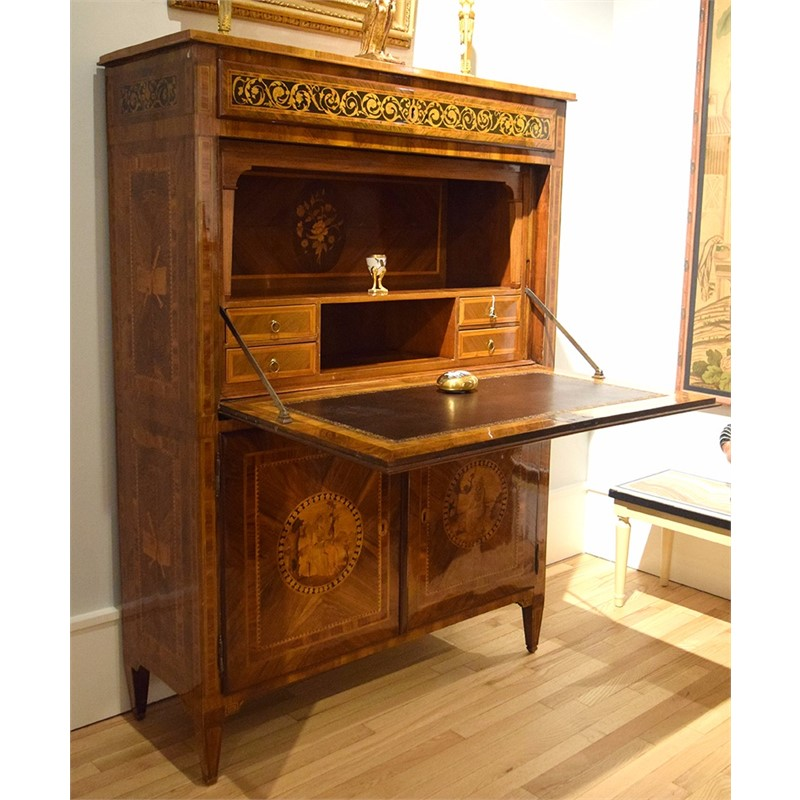 MILANESE NEOCLASSICAL INLAID MARQUETRY SECRETAIRE, Milan, circa 1780