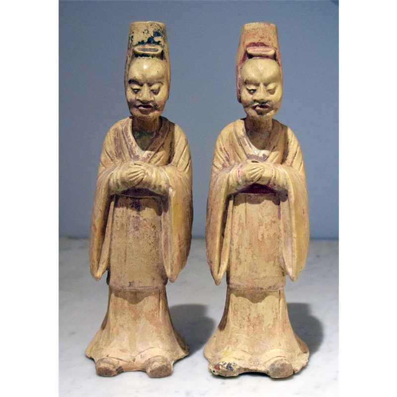 PAIR OF STRAW-GLAZED POTTERY FIGURES OF STANDING OFFICIALS
